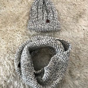 Matching Roots Hat and Infinity Scarf
